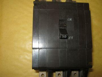 CRABTREE C50 30 AMP 53/30 TRIPLE POLE  MCB CIRCUIT BREAKER.